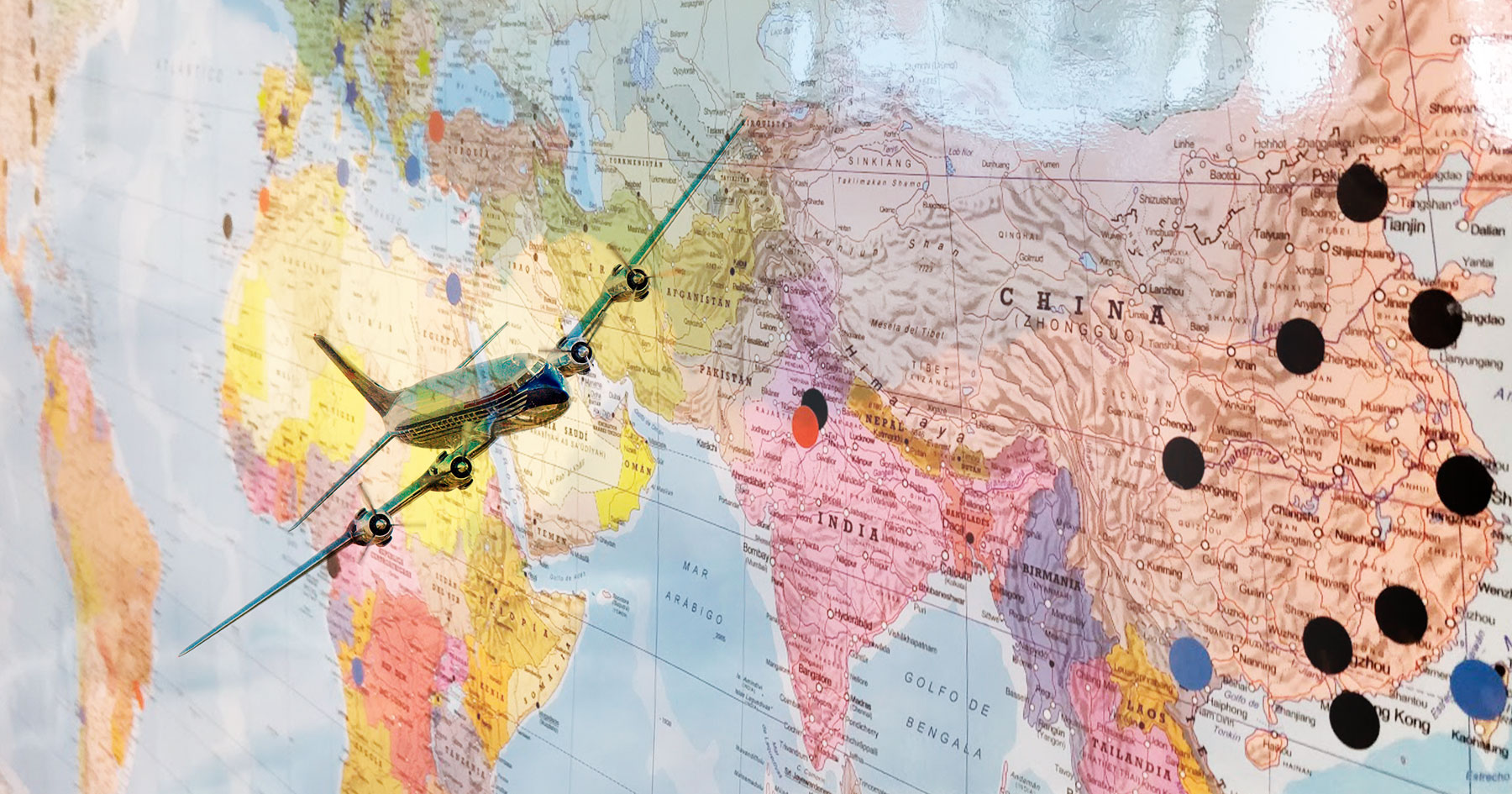Airfreight Division : air routes around the world